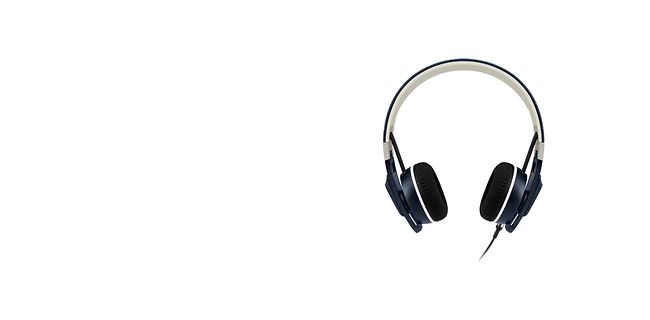 sun-and-holiday_travel-essentials_p13a_headphones_10213830_ROI