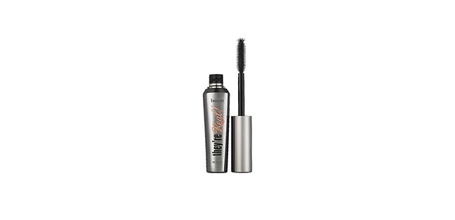 Luxury beauty gift Benefit mascara