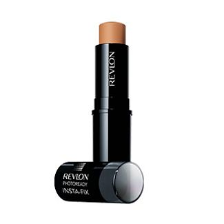 003175_beauty_face_07a_revlon_instafix