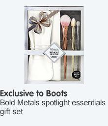 Exclusive to Boots Bold Metals Spotlight Essentials Set