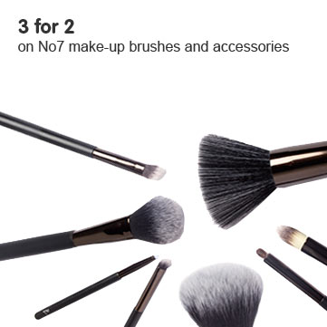 3 for 2 on selected No7 Accessories